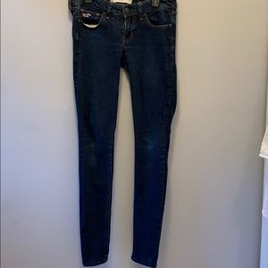 Hollister low rise super skinny jeans . Size 26